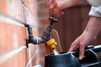 b2ap3_thumbnail_garden-watering-system